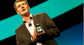 Breaking: BlackBerry 10: All touch and physical keyboard models to launch in January