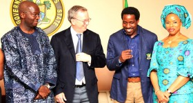 Google's Eric Schmidt visits Nigeria [Updated]