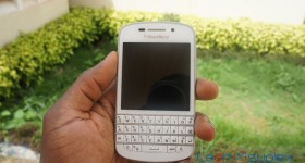 Hands on with the White BlackBerry Q10