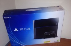 PlayStation 4 Unboxing, Impressions and Game Play