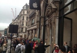 iPhone-5s-and-5c-queues