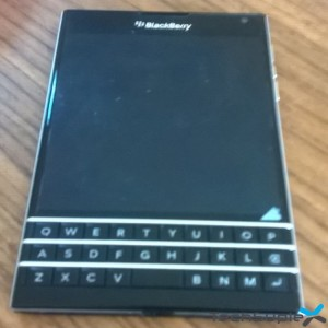 BlackBerry Passport Techsuplex (1)