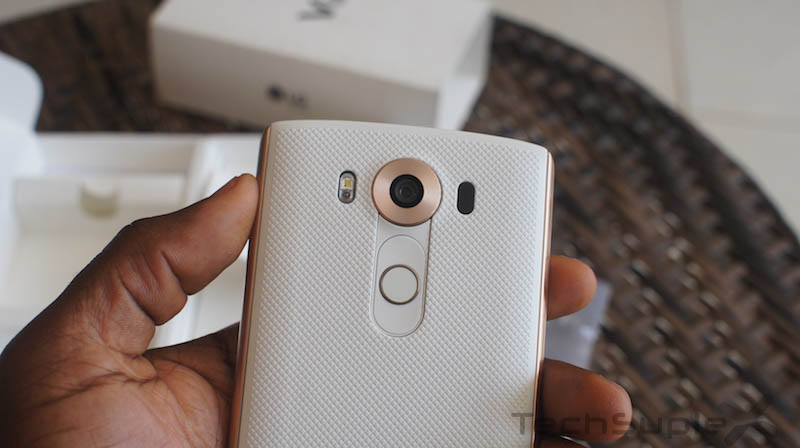 LG V10 Hands On and Impressions_17